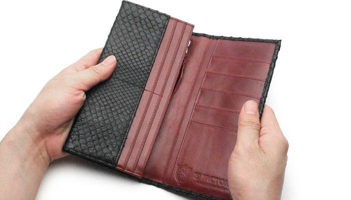 シンプル,長財布,二つ折り,ウォレット,財布,ヘビ革,パイソン,レザー,エキゾチック,革製品,メンズ