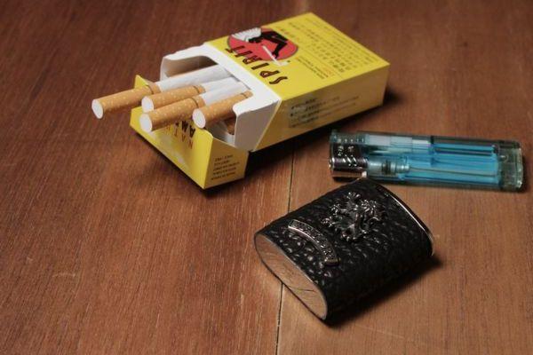 サメ革,シャーク,スキン,レザー,革小物,喫煙具,携帯灰皿,タバコ