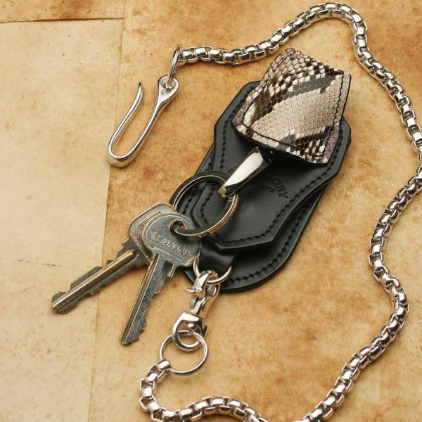 レザーブランドS'FACTORY キーリング&ループ パイソン ブラック(ヘビ革)バイカーズ ベルトループ