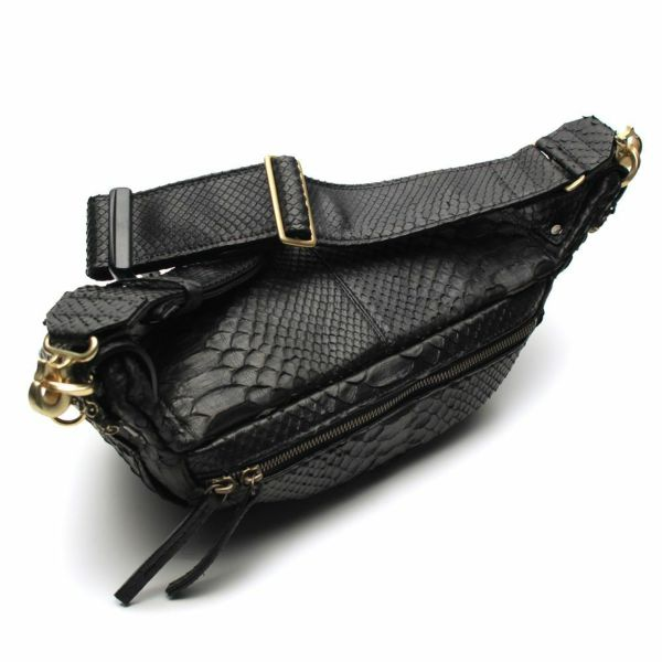 レザーブランドS'FACTORY BURNOUT ボディバッグ ブラックパイソン(ヘビ革)メンズ レザーバッグ