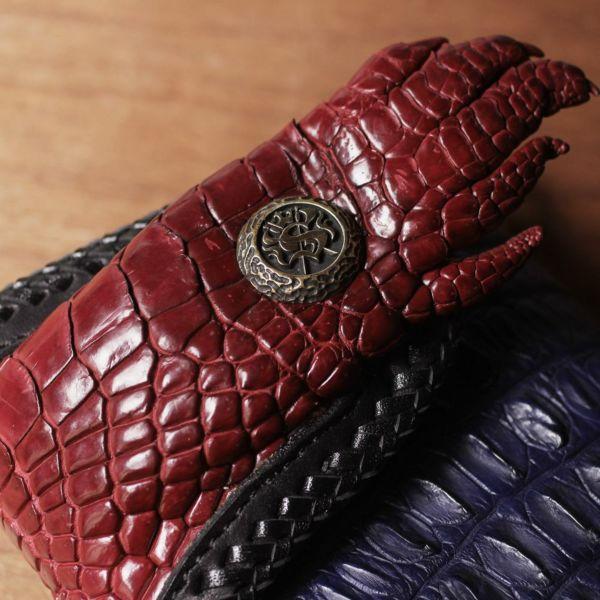 ワニ革,クロコダイル,手,財布,バイカーズ,ウォレット,縁編みレザー,革,青,ブルー