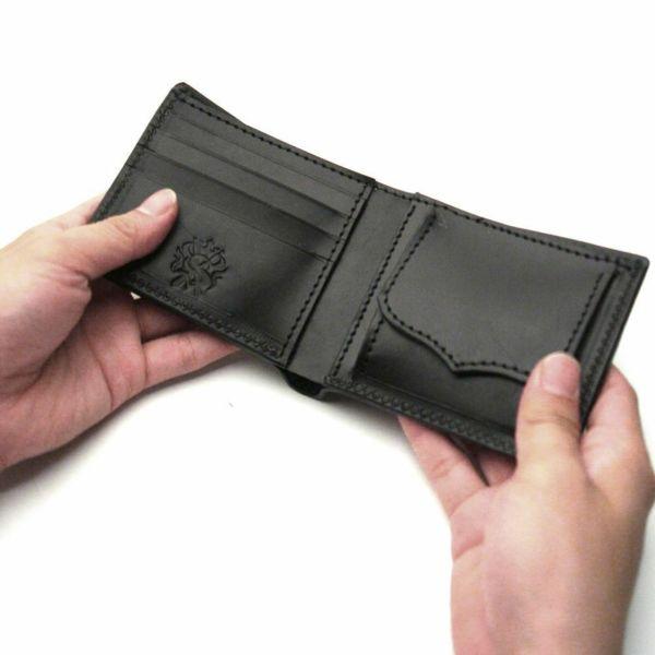 レザーブランドS'FACTORY 二つ折り レザーショート ウォレット ブラックパイソン(ヘビ革) メンズ革財布