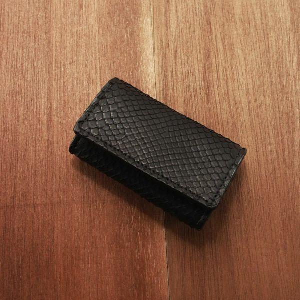 レザーブランドS'FACTORY  シンプルキーケース ブラックパイソン(ヘビ革) 革小物