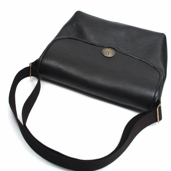 レザーブランドS'FACTORY レザーショルダーバッグ ブラック カウレザー(牛革)メンズ 斜めがけ バッグ