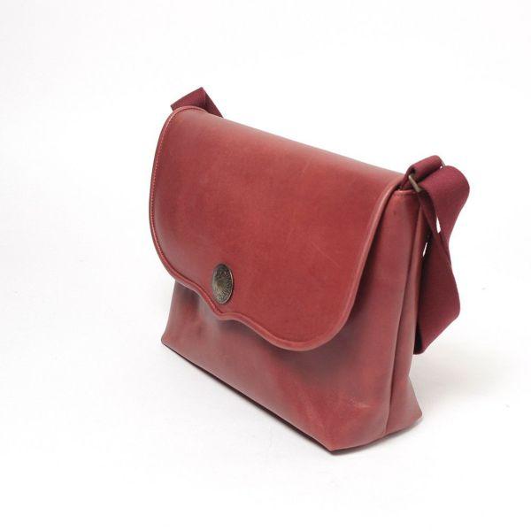 レザーブランドS'FACTORY レザーショルダーバッグ レッド カウレザー(牛革)メンズ 斜めがけ バッグ