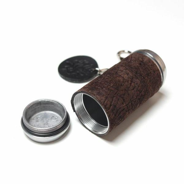 レザーブランドS'FACTORY 携帯灰皿 カバ革(ヒポ)