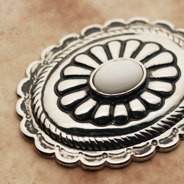 メンズ レザーブランドSALE サーマル菊型 コンチョ ターコイズホワイト 亜鉛合金