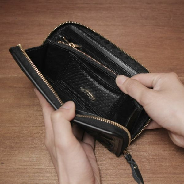 レザーブランドSIXTHSENSE ロングウォレット ブルー クロコダイル(ワニ革)青い 革財布