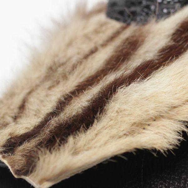 虎革,トラ毛皮,ボディ,バッグ,カバン,斜め掛け,ショルダー,レザー,革,黒,ブラック