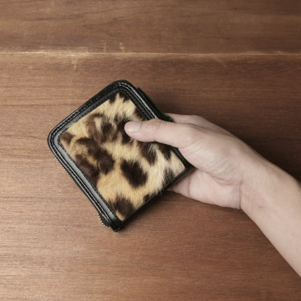 レザーブランド S'FACTORY「プレミアムショートウォレット レオパード(ヒョウ毛皮)」商品画像
